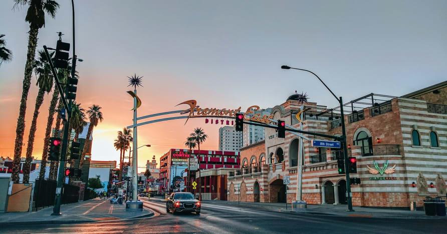 Greentube lisab Las Vegase hõngule Cops 'n' Robbers Vegas Nights