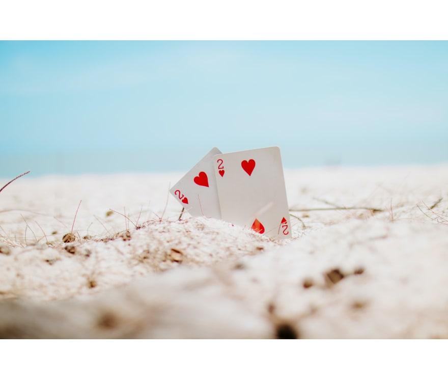 44 parimat Mobiili Casinot, mille mängude hulgas on 2021. aastal Dragon Tiger
